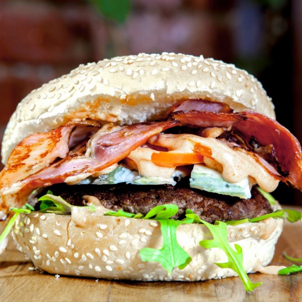 3_favori_moldy_leaf_burger [0]